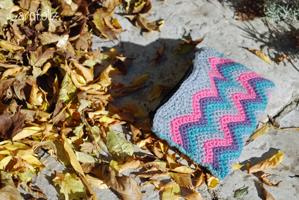 pochette au point chevron crochet