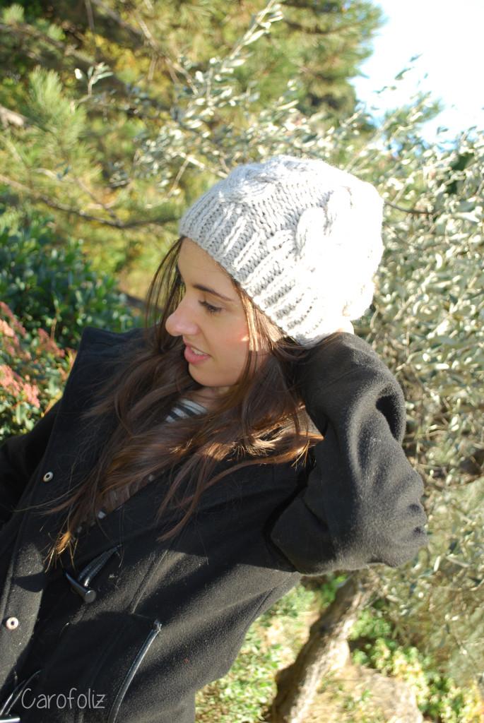 bonnet à torsades au tricot