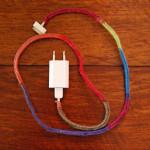 cable iphone au crochet