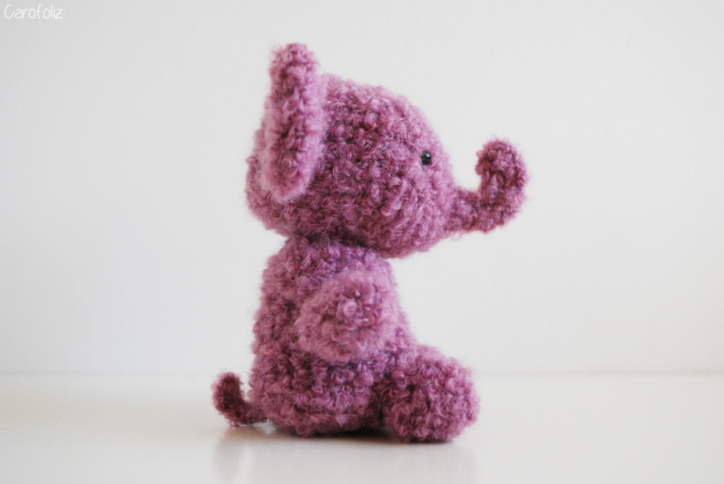 éléphant rose au crochet