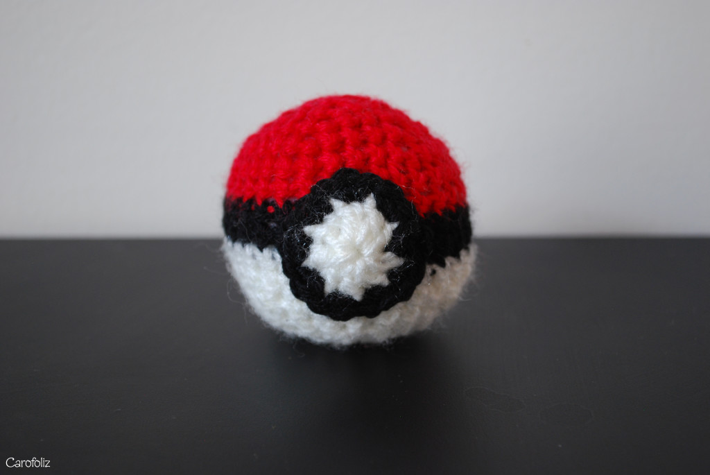 pokeball au crochet