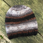 bonnet simple au tricot
