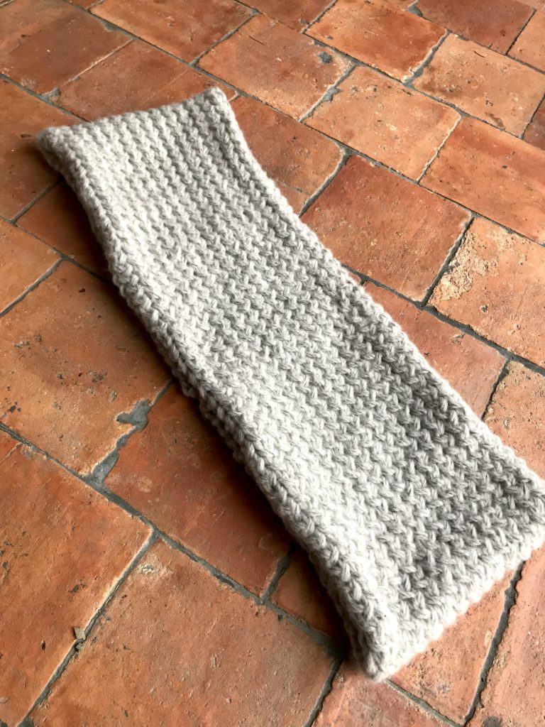 tricoter un snood point croise